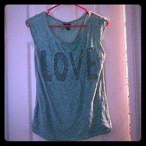 RUE 21 SIZE SMALL LOVE TANK TOP
